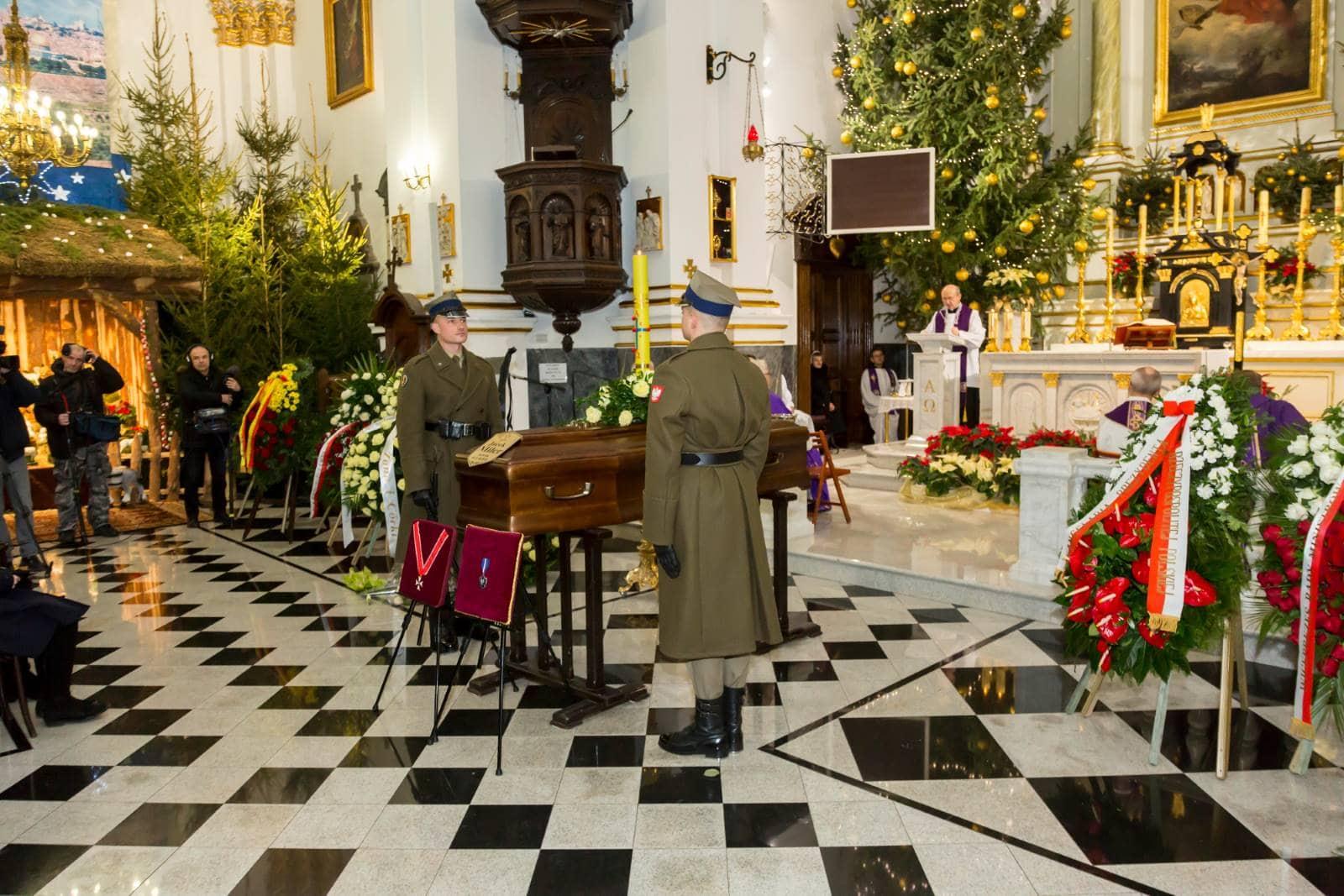usługi pogrzebowe maków mazowiecki